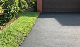 parking lot asphalt paving